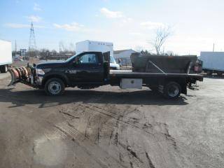 Used 2015 RAM 5500 SLT.14 FT.FLAT BED.DUALL REAR WHEELS for sale in London, ON