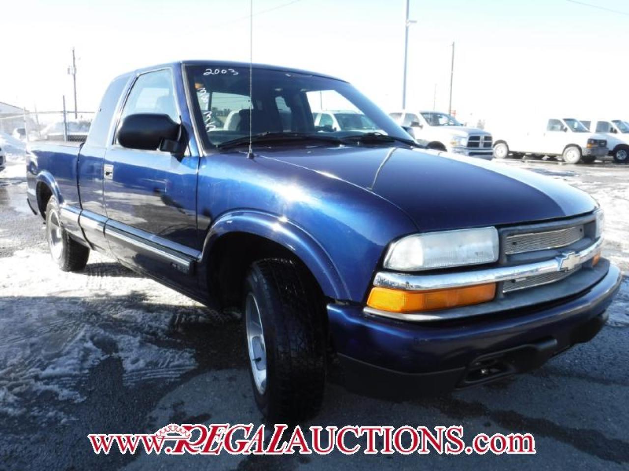 Photo of Blue 2003 Chevrolet S10 Ls Ext Cab