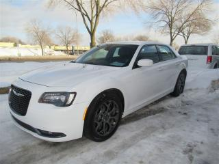 Used 2017 Chrysler 300 S AWD for sale in Dollard-des-ormeaux, QC