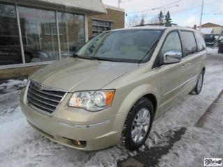 Used 2010 Chrysler Town & Country LTD for sale in Varennes, QC