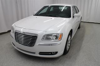 Used 2012 Chrysler 300 Touring Ecran for sale in Longueuil, QC