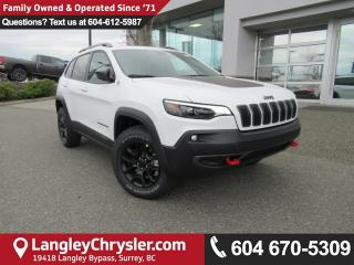 New 2019 Jeep Cherokee TRAILHAWK <b>COLD WEATHER GROUP, PANO SUNROOF, GPS<b> for sale in Surrey, BC