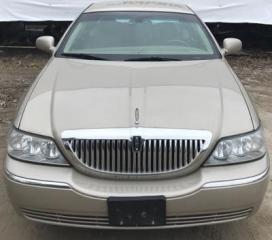 Used 2007 Lincoln Town Car SIGNATURE for sale in Barrie, ON