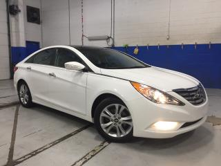 Used 2012 Hyundai Sonata Limited w/Navi - Leather - Sunroof - Back Up Cam for sale in Aurora, ON