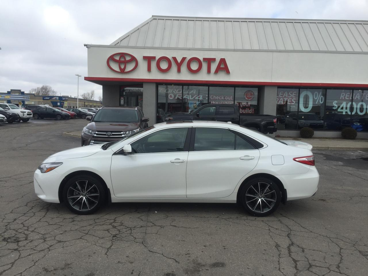 Used 2017 Toyota Camry Xse For Sale In Cambridge Ontario
