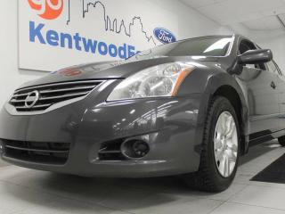 Used 2012 Nissan Altima 2.5 S- All it takes is the push of a button for sale in Edmonton, AB