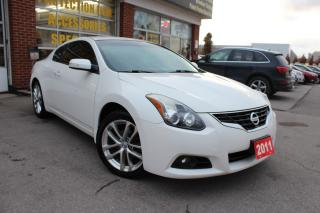 Used 2011 Nissan Altima 3.5 SR-NAVIGATION-LEATHER-SUNROOF-BOSE AUDIO for sale in Oakville, ON