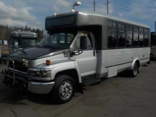 Used 2009 GMC 5500 C 21 Passenger Bus With Wheelchair Accessibility Diesel for sale in Burnaby, BC