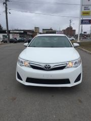Used 2014 Toyota Camry LE,Bluetooth,backup camera,121km, for sale in Scarborough, ON
