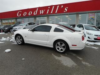 Used 2007 Ford Mustang GT! CLEAN CARPROOF! HEATED LEATHER SEATS! for sale in Aylmer, ON