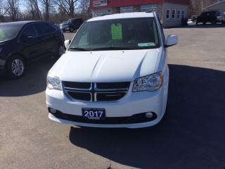 Used 2017 Dodge Grand Caravan CVP/SXT premium plus for sale in Morrisburg, ON
