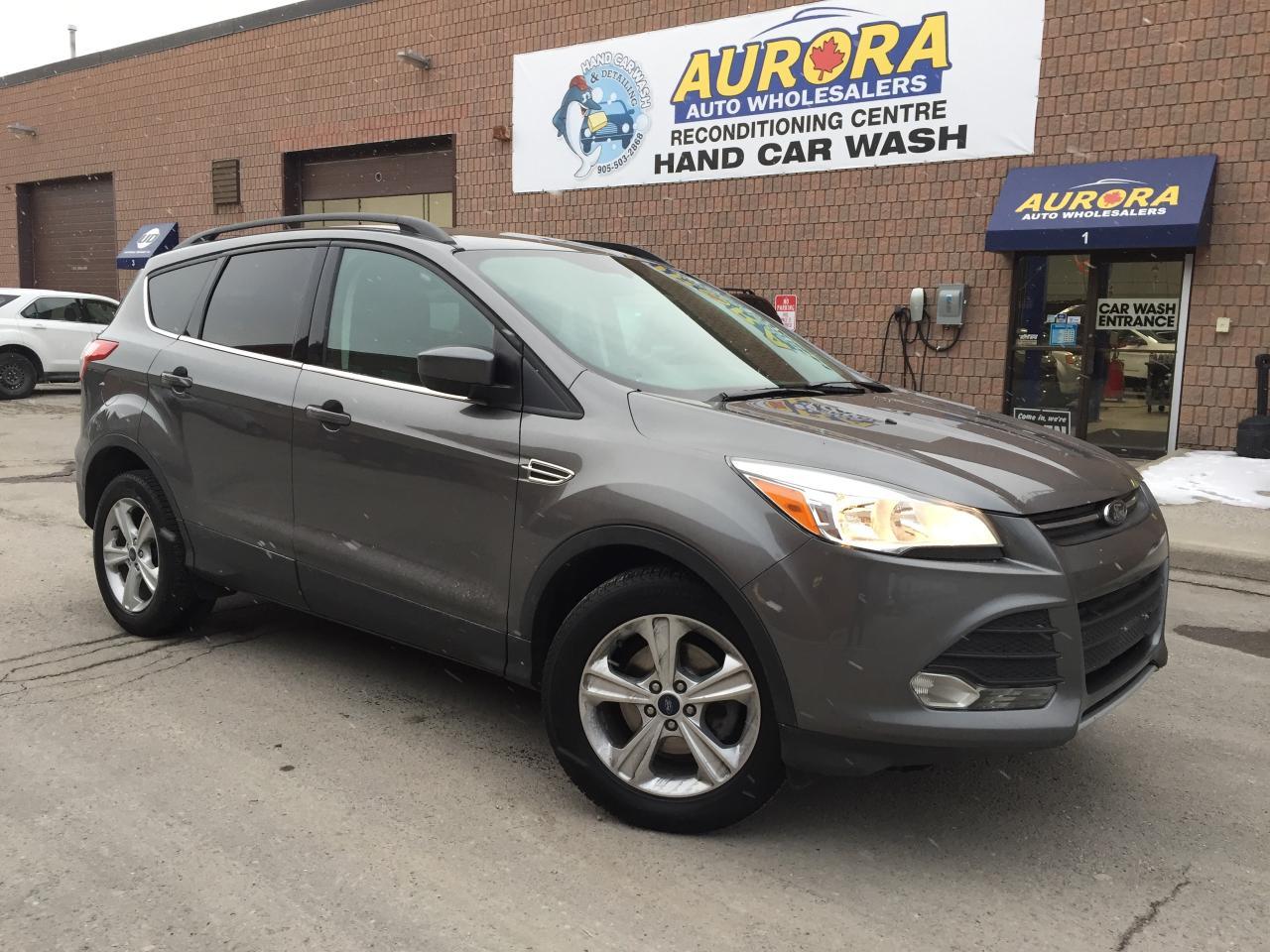 2014 Ford Escape SE - BACK UP CAMERA  - HEATED SEATS - ALLOYS