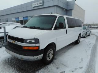 Used 2011 Chevrolet Express 15 Passager for sale in Blainville, QC