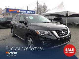 Used 2017 Nissan Pathfinder Leather Seating, Bluetooth, Low Kms, 7 Pass for sale in Vancouver, BC
