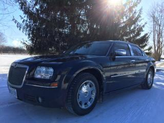 Used 2006 Chrysler 300 LE for sale in Halton Hills, ON