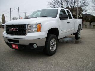 Used 2011 GMC Sierra 2500 SLE for sale in Stratford, ON