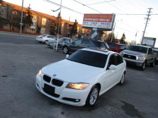 Used 2010 BMW 3 Series 323i i,leather,sunroof,luxury!! for sale in Scarborough, ON