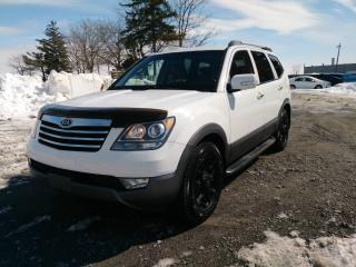 Used 2009 Kia Borrego 4 roues motrices for sale in Laval, QC