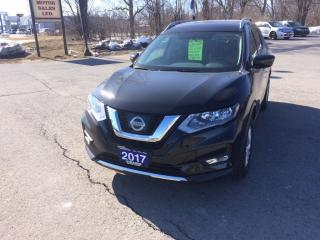 Used 2017 Nissan Rogue SV for sale in Morrisburg, ON