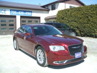 Used 2017 Chrysler 300 Touring[Pano.Sunroof][Nav.][Leather][Back-up Cam.] for sale in Beaverton, ON