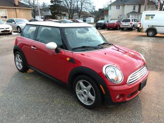Used 2010 MINI Cooper Hardtop/NO ACCIDENT/CERTIFIED/WARRANTY INCLUDED for sale in Cambridge, ON