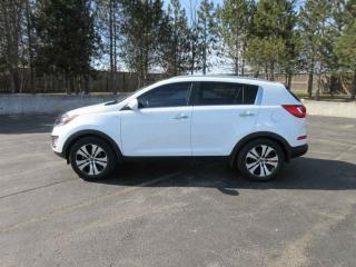 Used 2012 Kia Sportage EX AWD for sale in Cayuga, ON