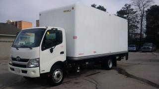 Used 2016 Hino 195 20' with lift for sale in Kitchener, ON
