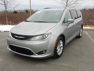 Used 2017 Chrysler Pacifica Touring-L Plus for sale in Halifax, NS