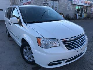 Used 2011 Chrysler Town & Country Touring w/Navi_Backup Cam_Low KMS for sale in Oakville, ON