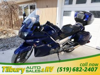 Used 2005 Yamaha FJR1300 COMES WITH HITCH. SADDLE BAGS. for sale in Tilbury, ON