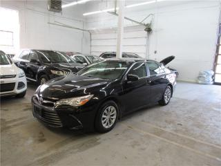 Used 2017 Toyota Camry LE for sale in Montreal, QC