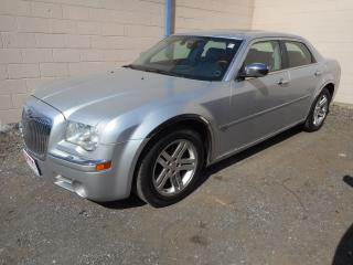 Used 2006 Chrysler 300 C HEMI for sale in Brantford, ON