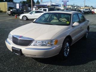 Used 2002 Lincoln Continental w/Luxury Appearance for sale in Parksville, BC