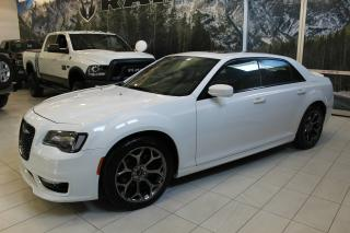 Used 2017 Chrysler 300 300S V8 PANO CUIR NAV for sale in Laval, QC