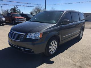 Used 2015 Chrysler TOWN & COUNTRY TOURING * REAR CAM * 7 PASS for sale in London, ON