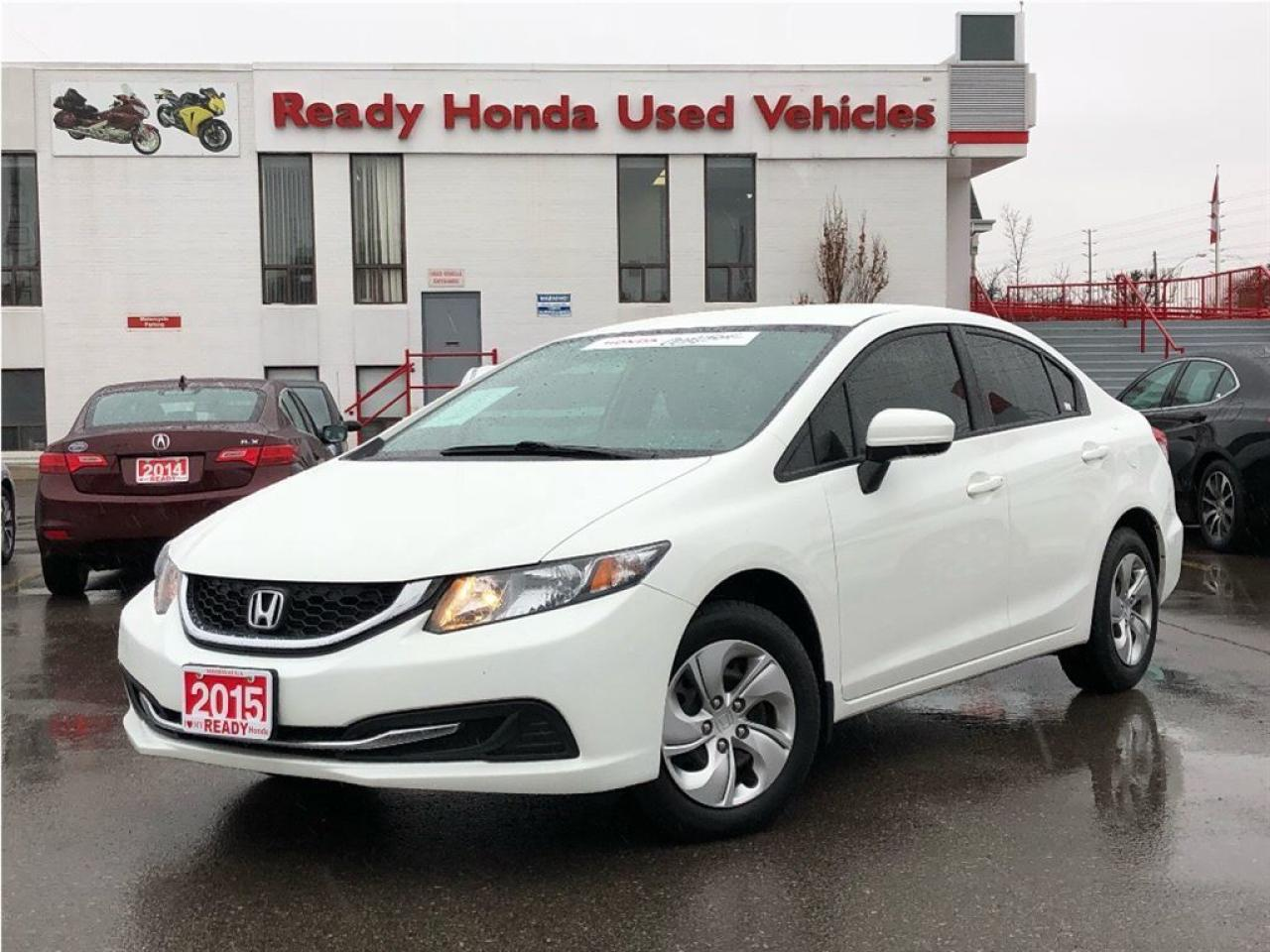 Photo of White 2015 Honda Civic
