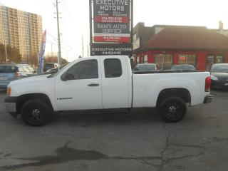Used 2008 GMC Sierra 1500 CLEAN READY FOR WORK! for sale in Scarborough, ON
