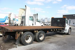 Used 2005 Freightliner M2 Business Class 24 feet flat bed for sale in Brampton, ON