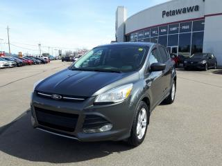 Used 2015 Ford Escape SE EcoBoost  AWD for sale in Ottawa, ON