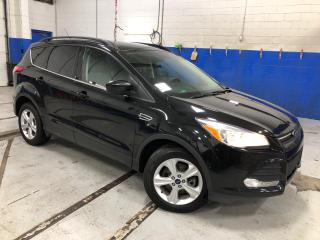 Used 2015 Ford Escape SE - 4WD - BACK UP CAM - HEATED SEATS - BLUETOOTH for sale in Aurora, ON