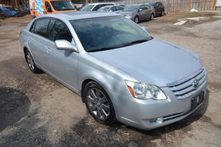 Used 2005 Toyota Avalon Limited, no accidents for sale in Hornby, ON