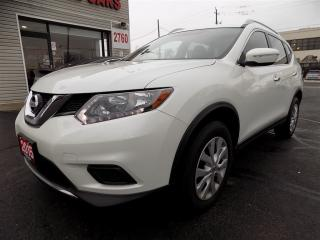 Used 2015 Nissan Rogue AWD. Reverse Camera. Non Accident for sale in North York, ON