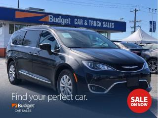 Used 2017 Chrysler Pacifica Navigation, Radar Assist, Bluetooth for sale in Vancouver, BC