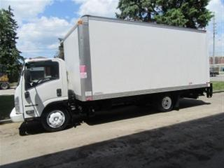 Used 2014 Isuzu NRR Diesel 20 ft alum box + power lift gate for sale in Richmond Hill, ON