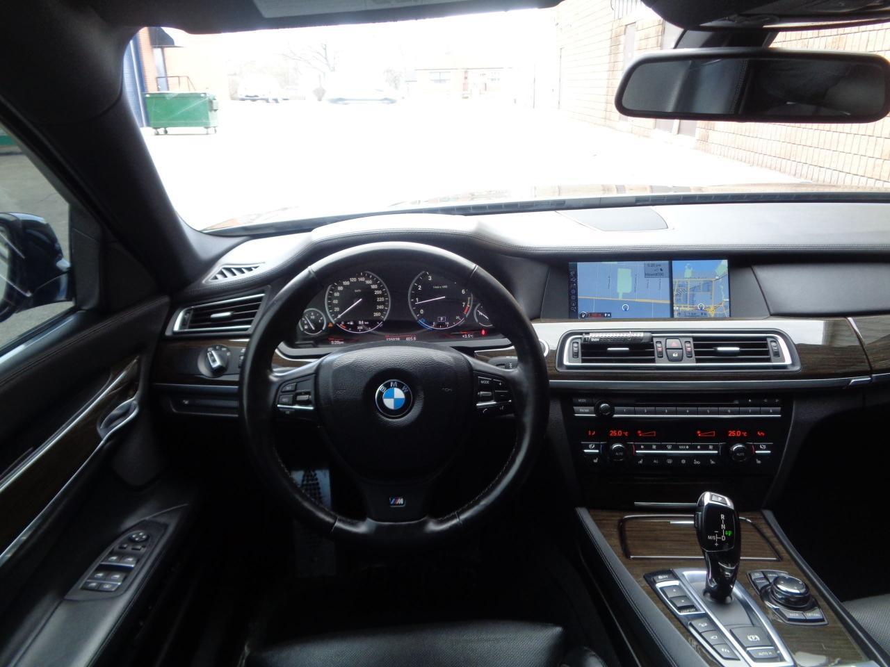 2011 BMW 750i