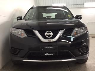 Used 2015 Nissan Rogue - AWD! ECO MODE! REVERSE CAM! CRUISE! for sale in Belleville, ON