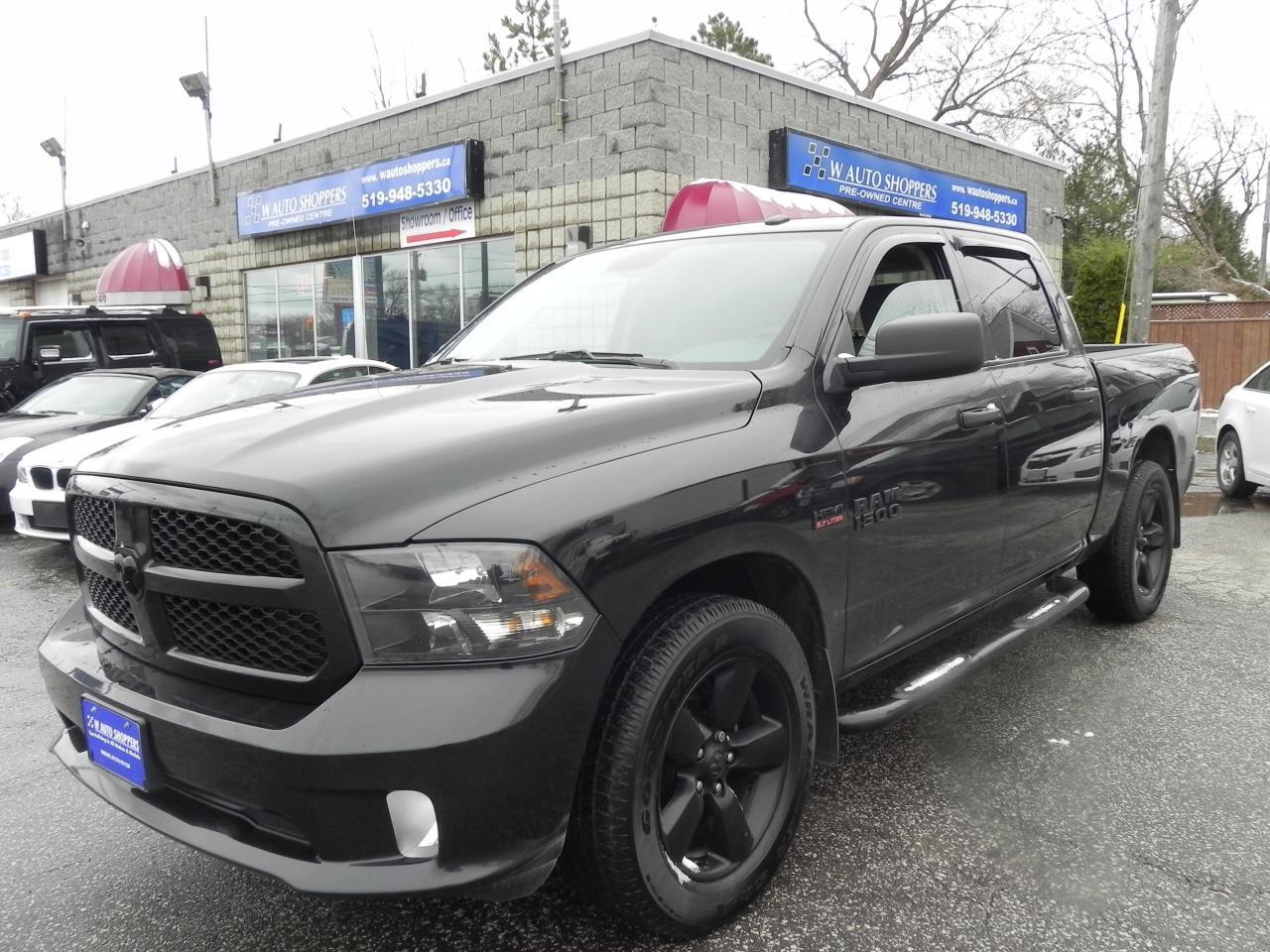 Photo of Black 2016 RAM 1500