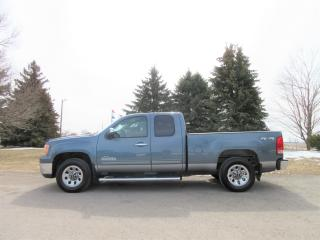 Used 2011 GMC Sierra 1500 SL V8 Extended Cab 4WD for sale in Thornton, ON