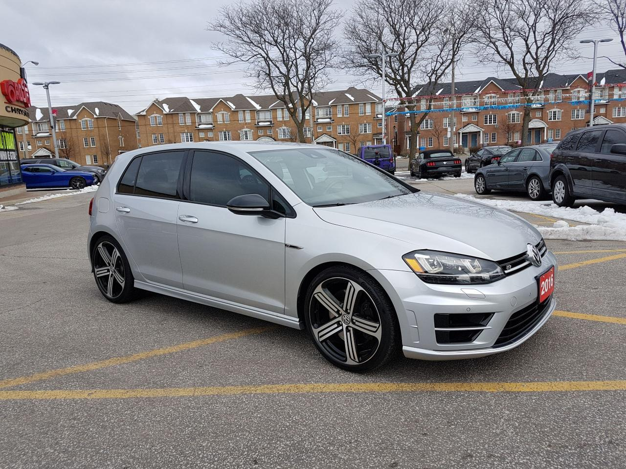 used 2016 volkswagen golf r navi 296 hp 4motion tech pkg. Black Bedroom Furniture Sets. Home Design Ideas