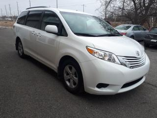 Used 2017 Toyota Sienna LE for sale in Stittsville, ON